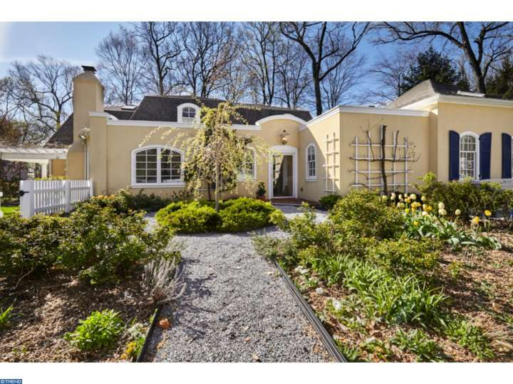 Front Yard Elevation : Main line monday a piece of france in wayne