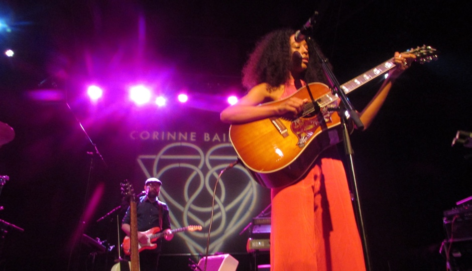 Corinne Bailey Rae at Union Transfer. Photo by Fabiola Cineas.
