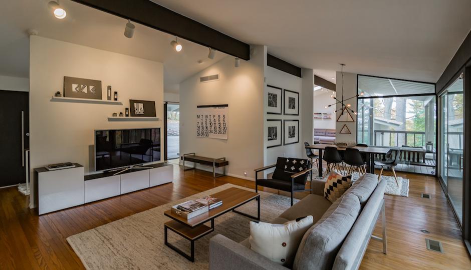 356 Pugh Rd., Strafford, Pa. 19087   Photos: Jon Biddle for HomeJab via Keller Williams Luxury Homes International