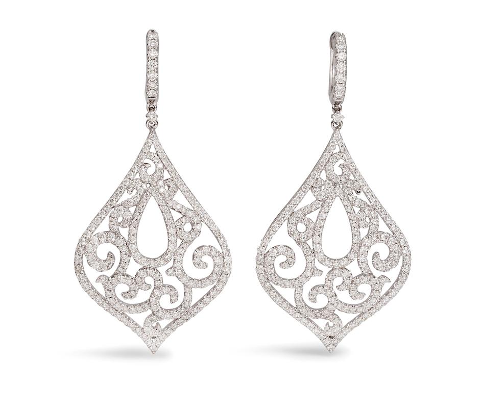 PW-lingerie earrings
