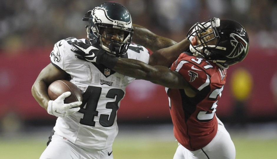 Ryan Mathews, run game power Eagles past Falcons