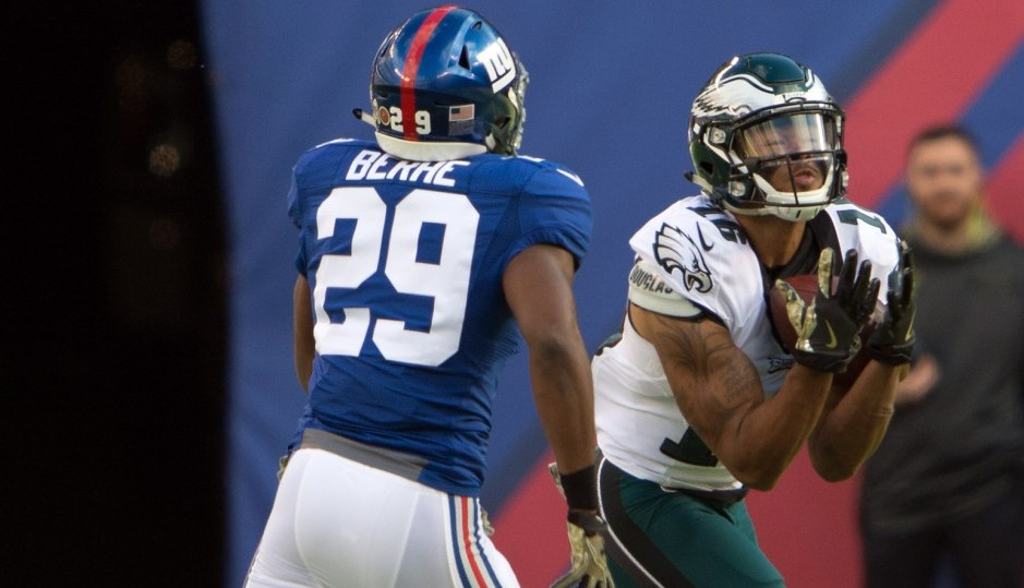 Ryan Mathews, run game power Eagles past Falcons
