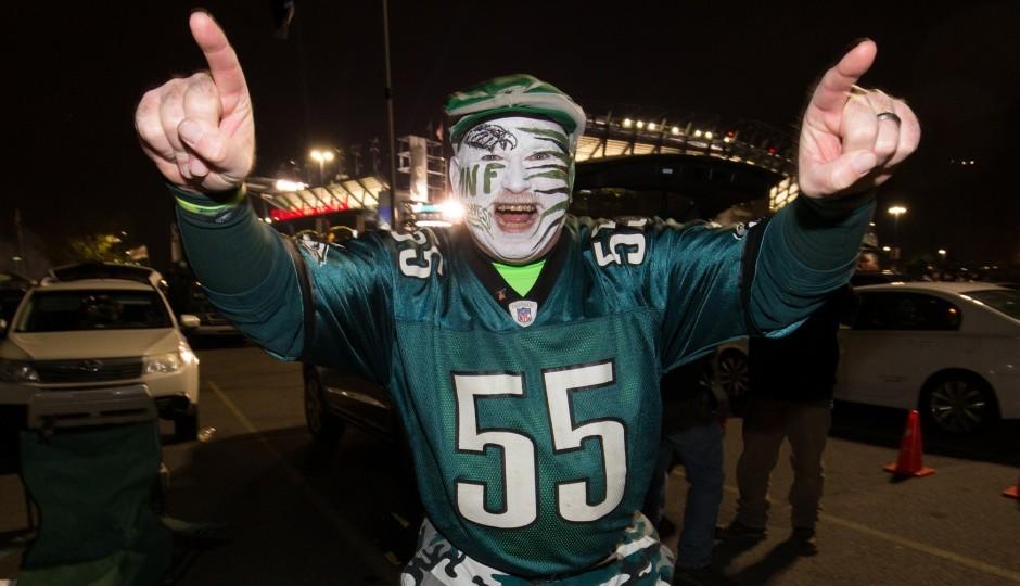 "Philadelphia Eagles fan Gene ""the face"" Olewnik. (USA Today Sports)"