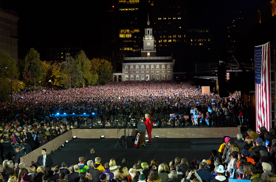 clinton-independence-mall-rally-940x622.