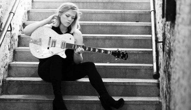 See Liz Longley at Tin Angel on Wednesday. Photo by Bob Longley