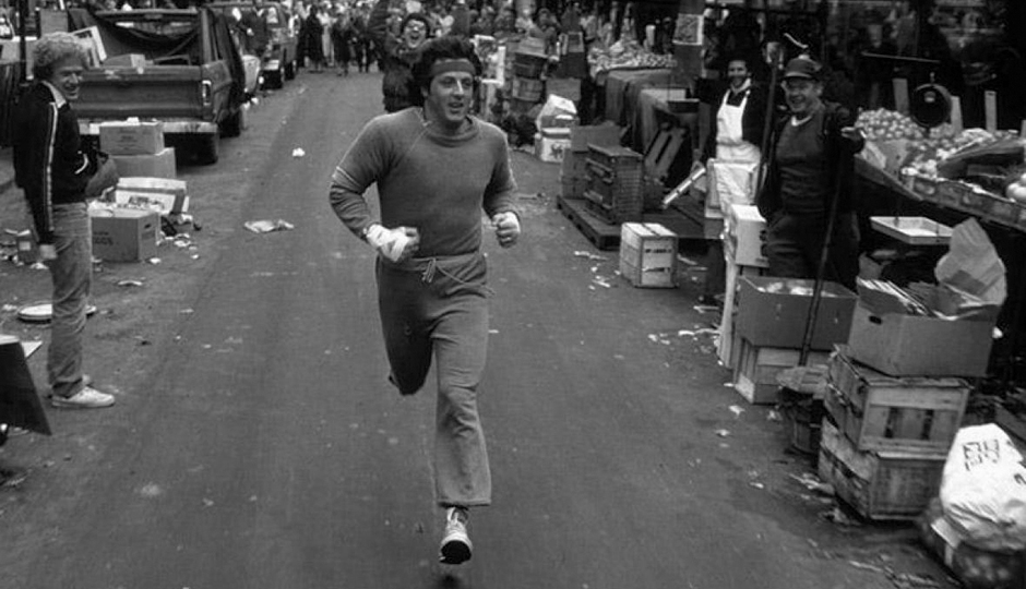 Sylvester Stallone runs through Philly's Italian Market in the original 1976 film | Photo: United Artists
