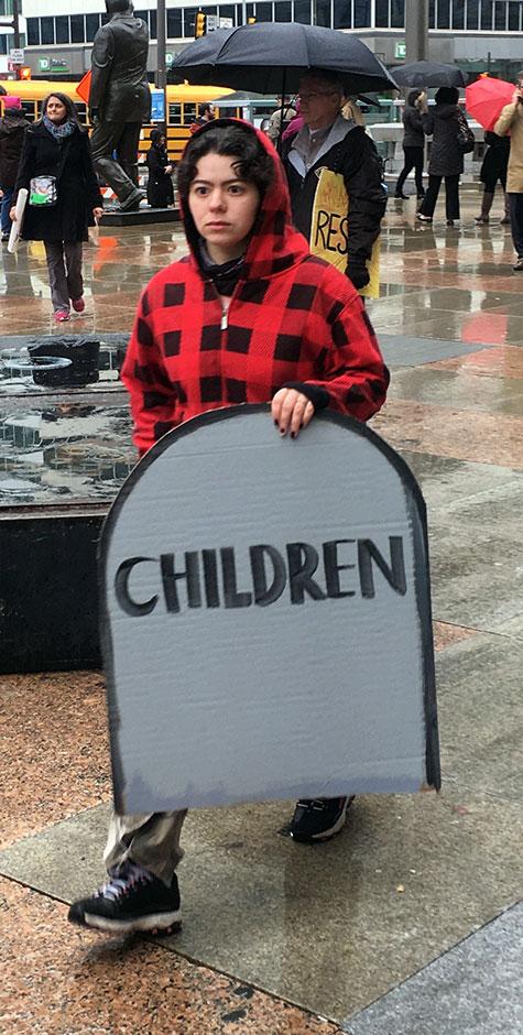 children-tombstone