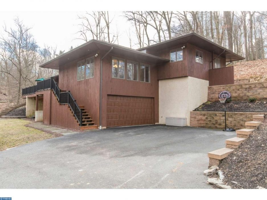 Main Line Monday A Tree House In Berwyn For 675k