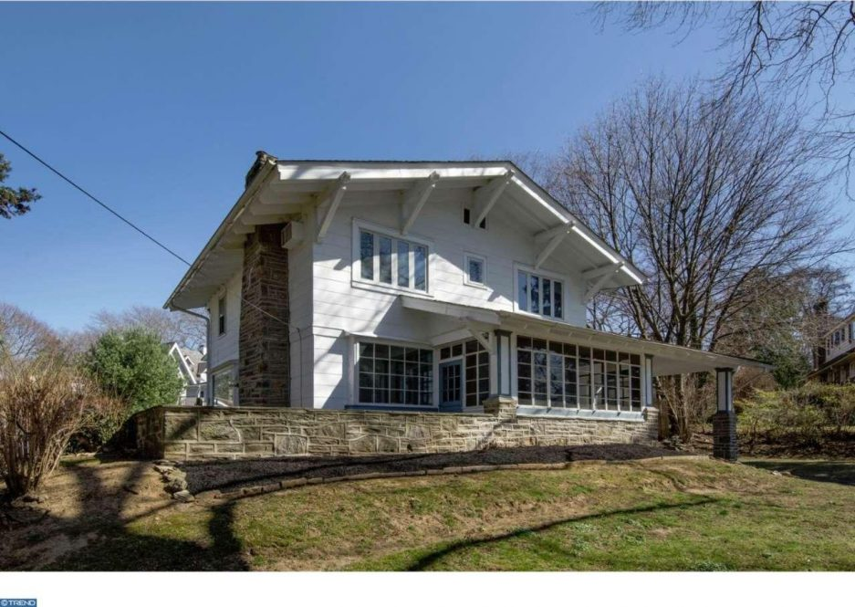 First time find knotty but nice in elkins park for 250k for Terrace elevation