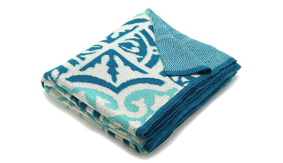 throw-blanket