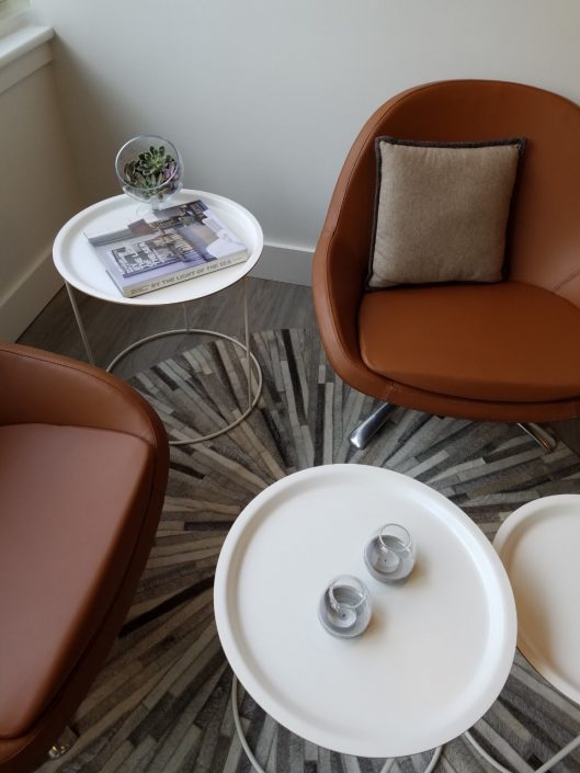 How to get the look stylish solutions for small spaces philadelphia magazine - Table bo concept occasion ...