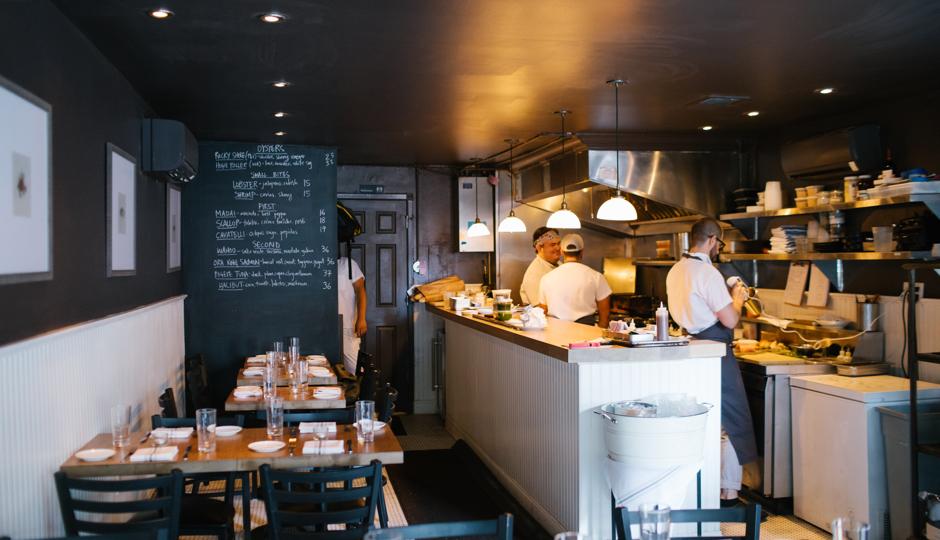 Foobooz philadelphia restaurant news reviews for Little fish philly