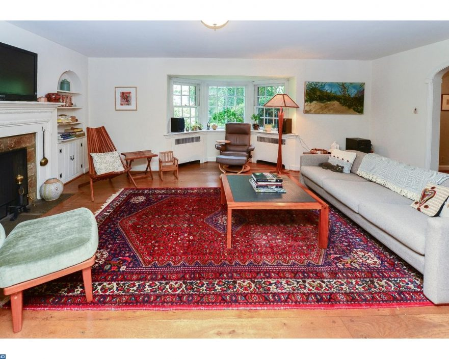Main line monday a nostalgia trip in wynnewood for 570k for Living room on main