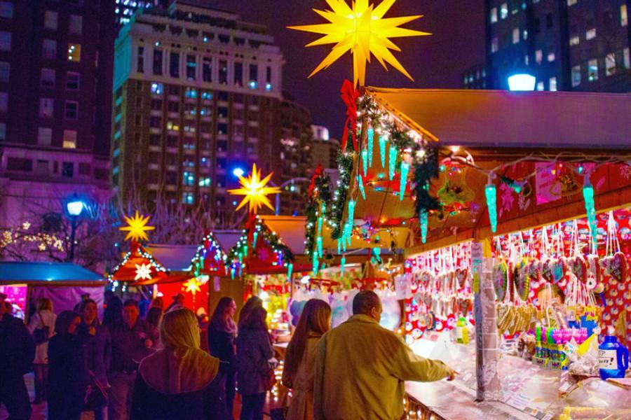 Christmas Village Philadelphia.It S Finally Back Love Park S Christmas Village Opens On