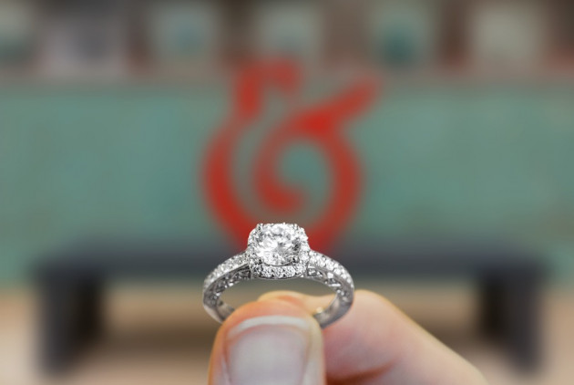 How to Win a Free Engagement Ring from Philly Jeweler Safian & Rudolph
