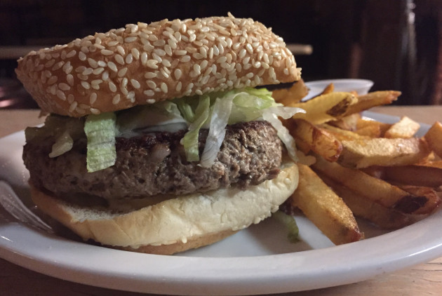 5 Healthy Burgers You Can Eat Right Now in Philadelphia