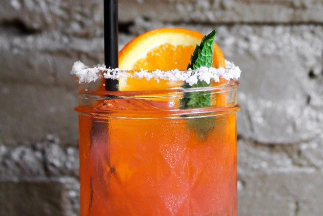 Extra-Long Happy Hours in Philly: Where to Find Them