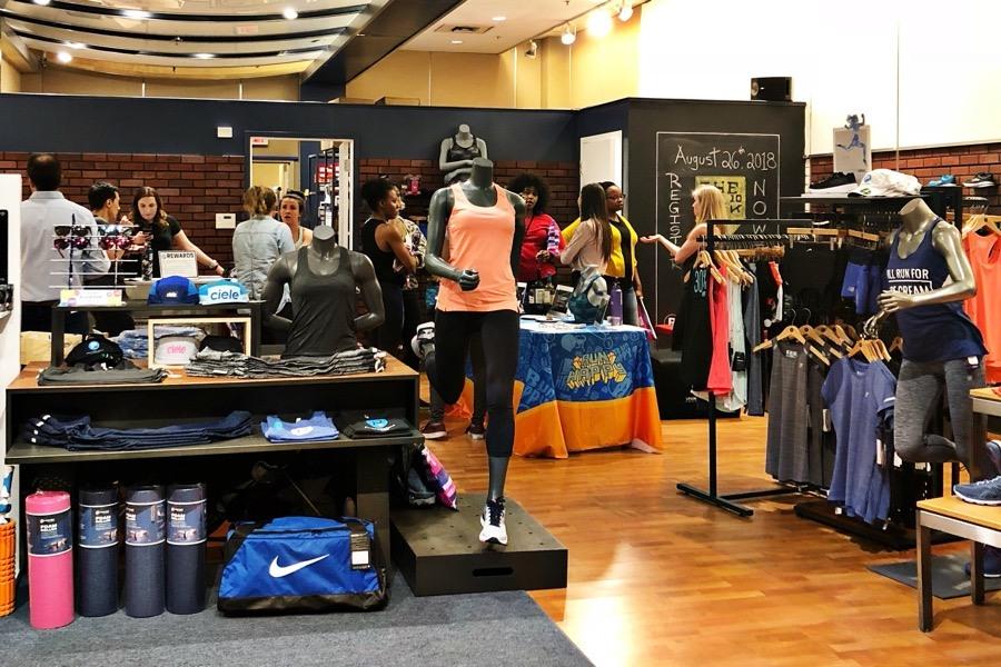 save off 8288f 57613 10 Running Stores in the Philadelphia Area - Philadelphia ...