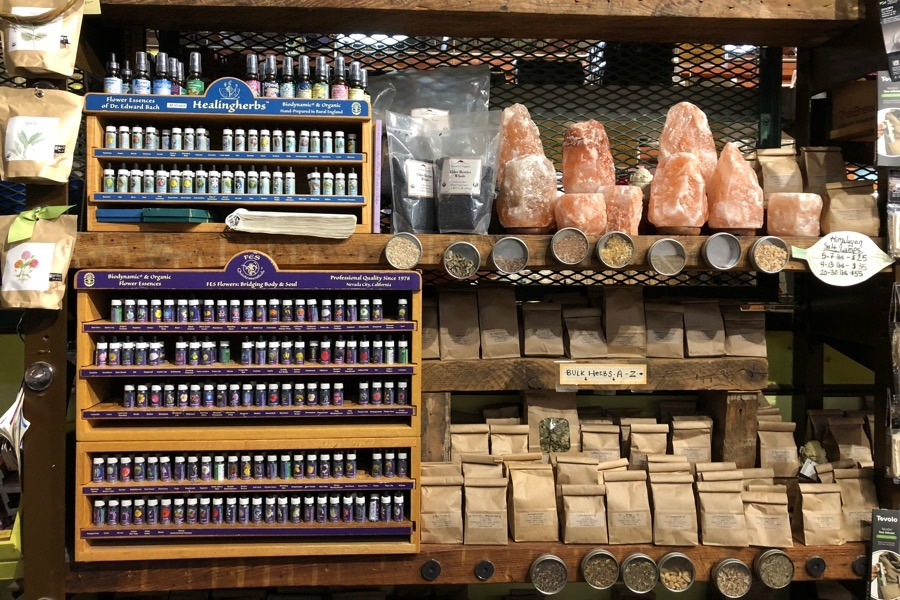 5 Wellness Markets in Philadelphia for Everything From CBD Oil to