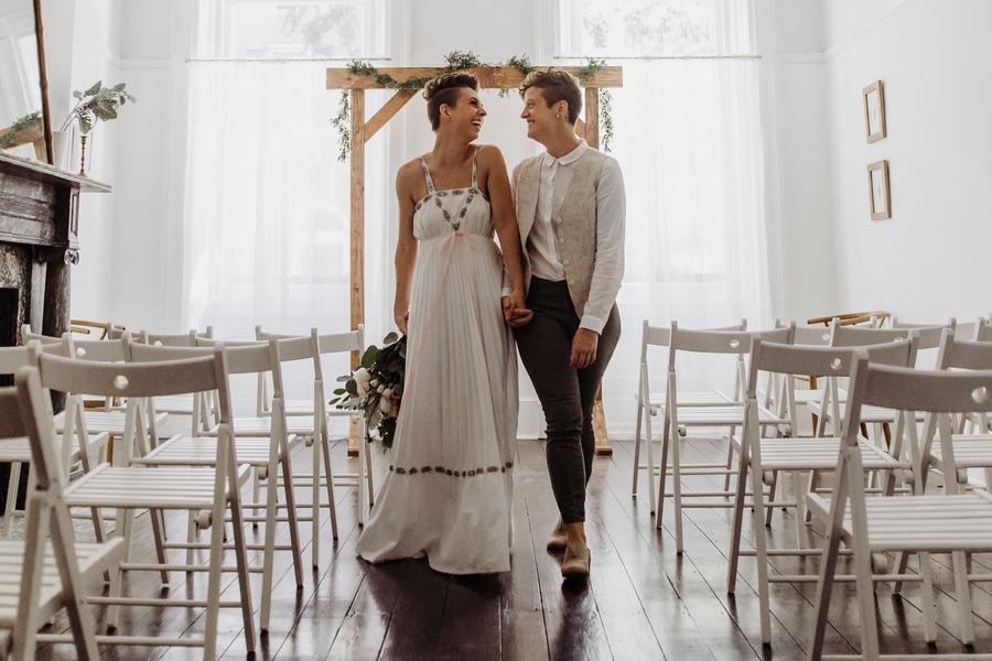 Vaux Studios Is Philadelphia S New Vegas Style Small Wedding