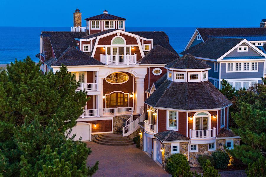 Huge Beachfront Lakefront Mansion