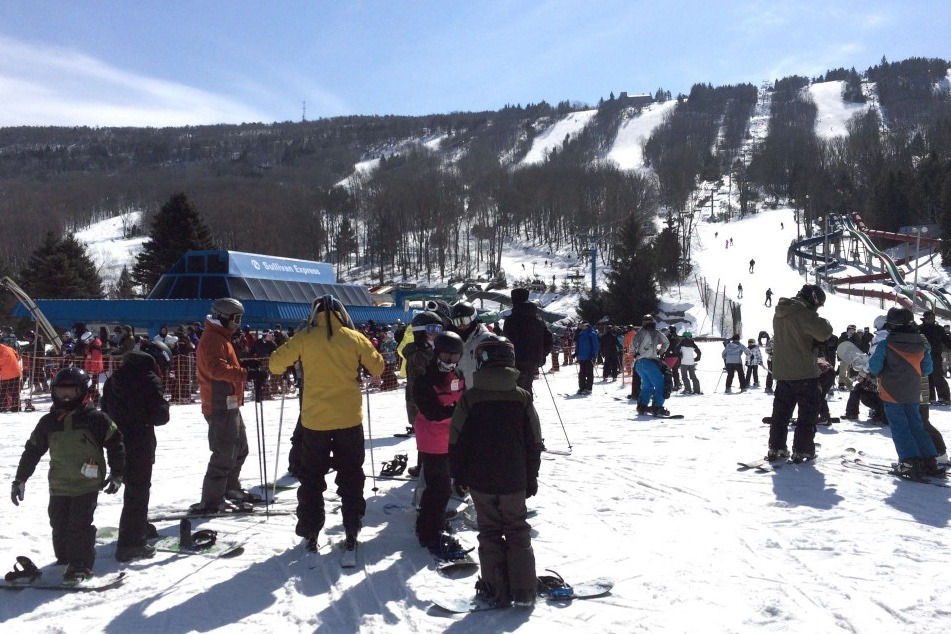 Here's Every Ski Resort Where You Can Go Skiing Near Philly