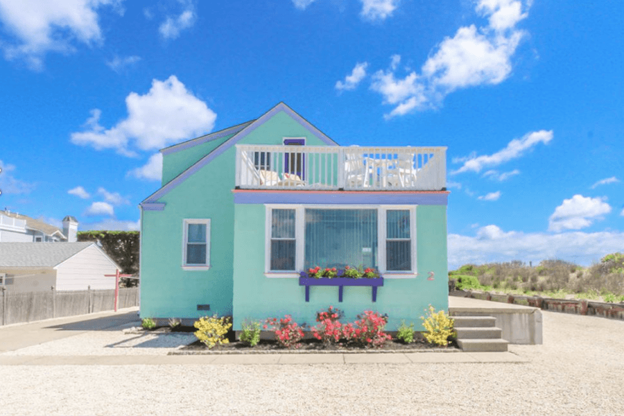 House for Sale: Oceanside Cottage in Stone Harbor