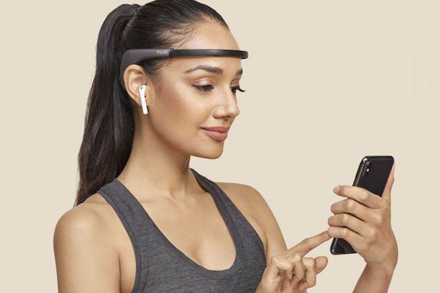 This Futuristic Meditation Headband Reads Your Mind