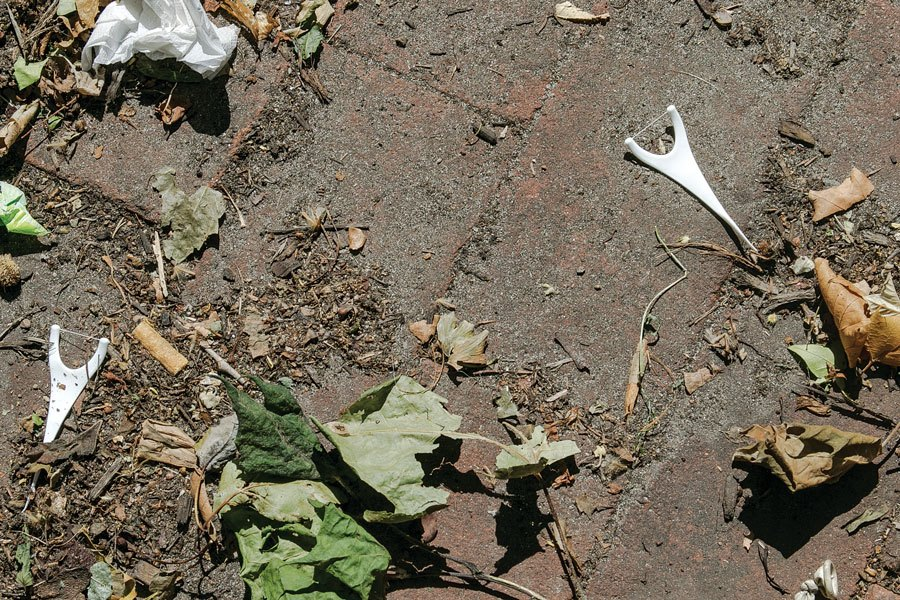 Who Is Leaving Flossers All Over Philly Sidewalks?