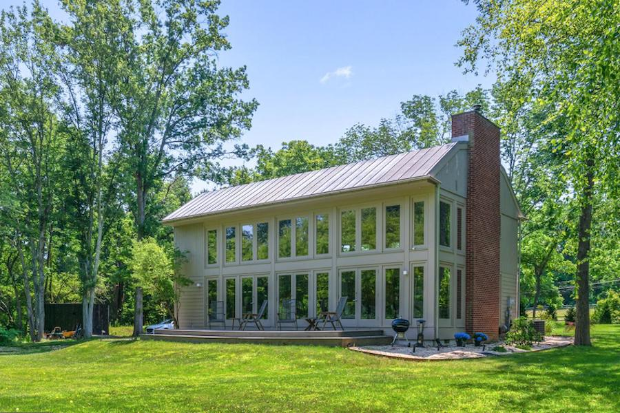 House For Sale Open Plan House In Newtown Square