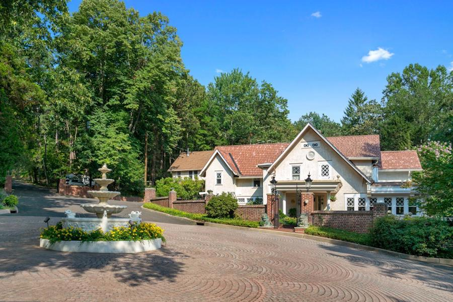 House For Sale A Gangster S Hideaway In Pine Hill